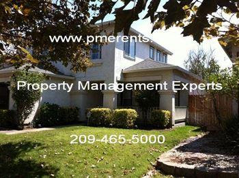 2428 Van Buskirk Street 3 Beds House for Rent Photo Gallery 1