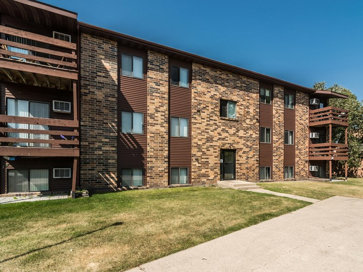 Columbia Park Village 1 Apartments   Grand Forks, ND