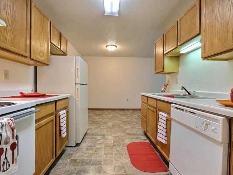 Country Edge Apartments | 2 Bdrm - Kitchen
