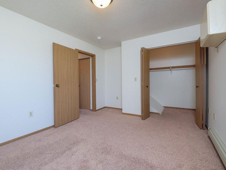 Hazelwood Townhomes | 3 Bdrm - Mstr Bedroom