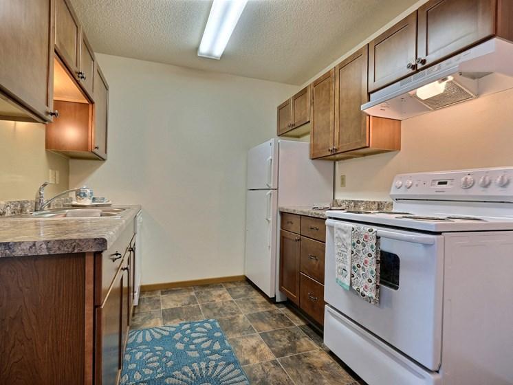 Sterling Park Apartments | 2 Bdrm - Kitchen