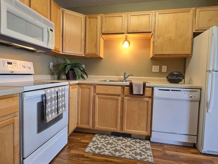 Townhomes at Mallard Creek   3 Bedroom   Kitchen