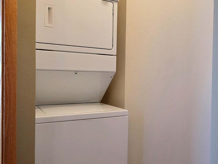 Townhomes at Mallard Creek   3 Bedroom   Laundry
