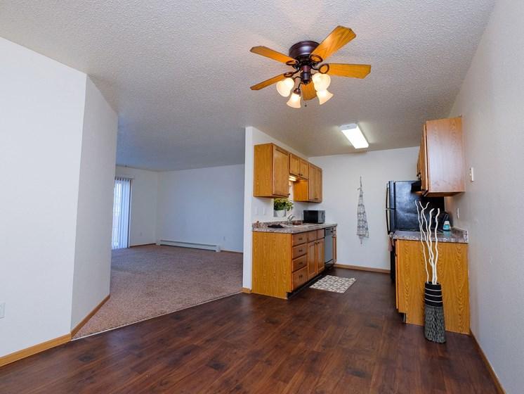 Woodstone Apartments   2 Bedroom   Kitchen   Living Room