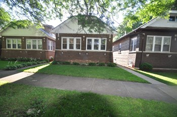 10523 S Church St 3 Beds House for Rent Photo Gallery 1