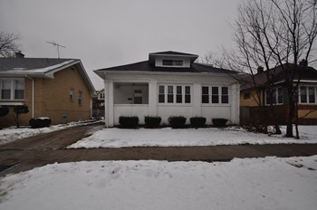 10954 S Esmond St 3 Beds House for Rent Photo Gallery 1
