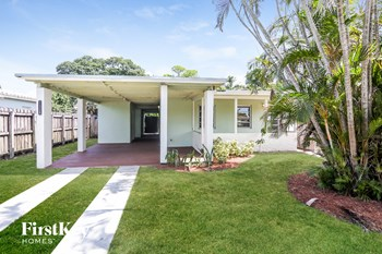 1328 NW 3rd Ave 2 Beds House for Rent Photo Gallery 1