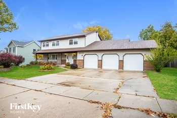 4370 E Bluebird Ct 4 Beds House for Rent Photo Gallery 1