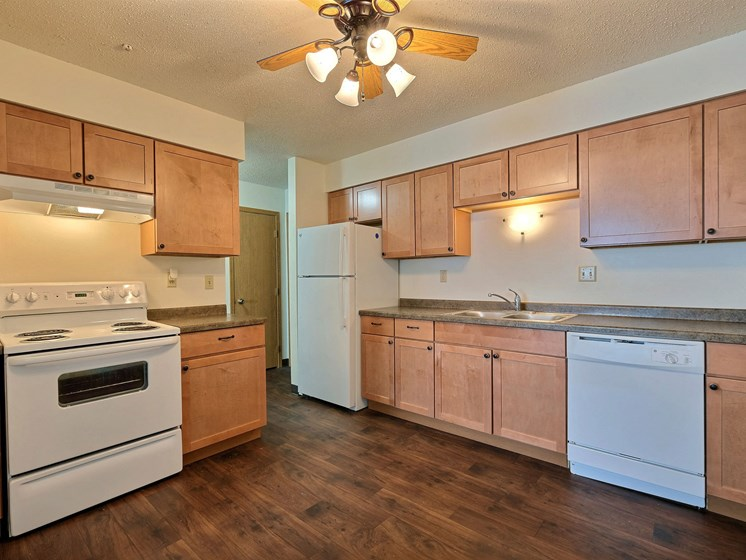 Cedar Square Apartments | 2 Bdrm - Kitchen