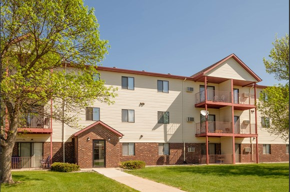 South Pointe Apartment Community