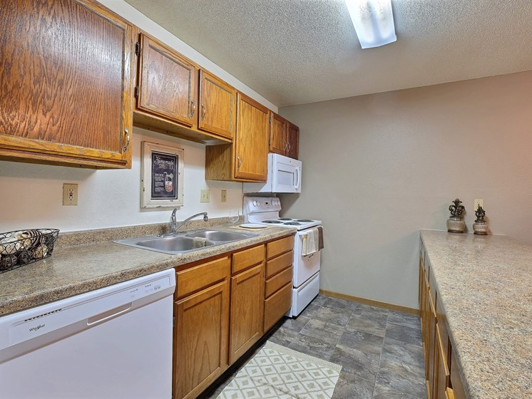 Kennedy Apartments | 2 Bedroom | Kitchen