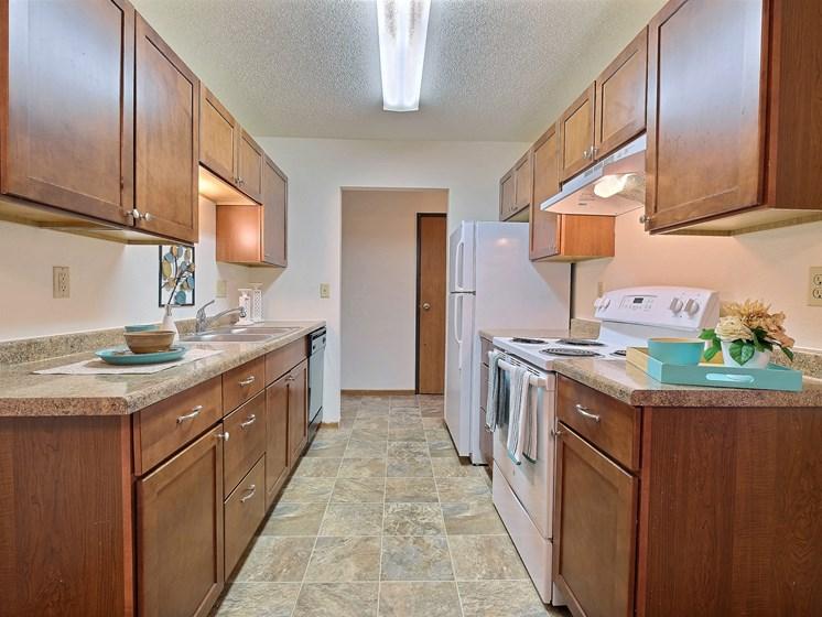 Village West Apartments | 3 Bedroom | Kitchen