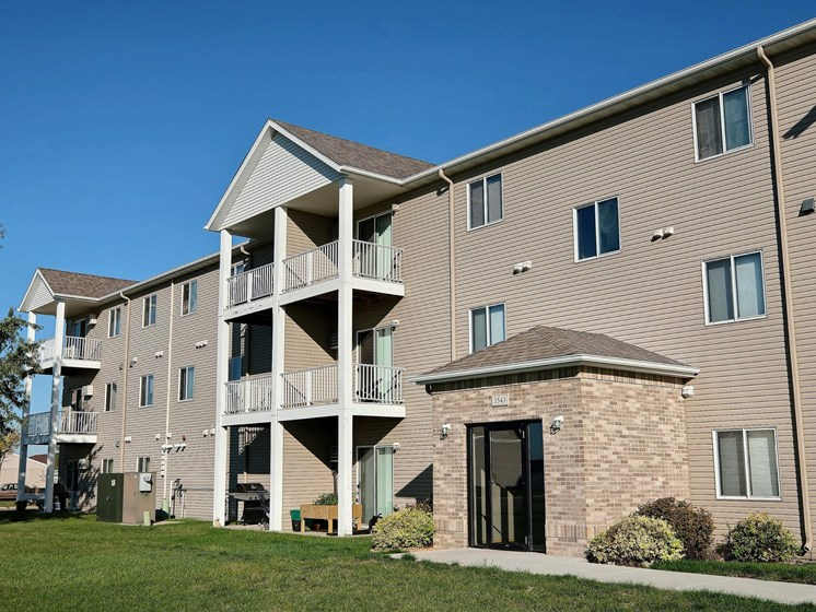 Eagle Run Apartments | West Fargo, ND