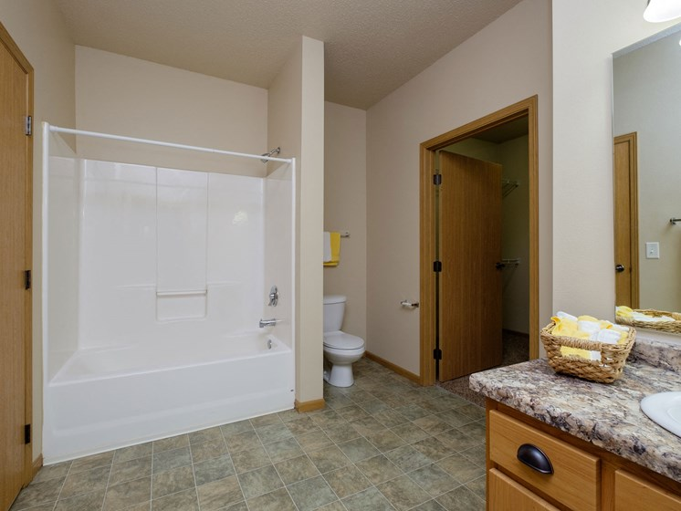 West Lake Apartments | 1 Bdrm - Bathroom-Plan C