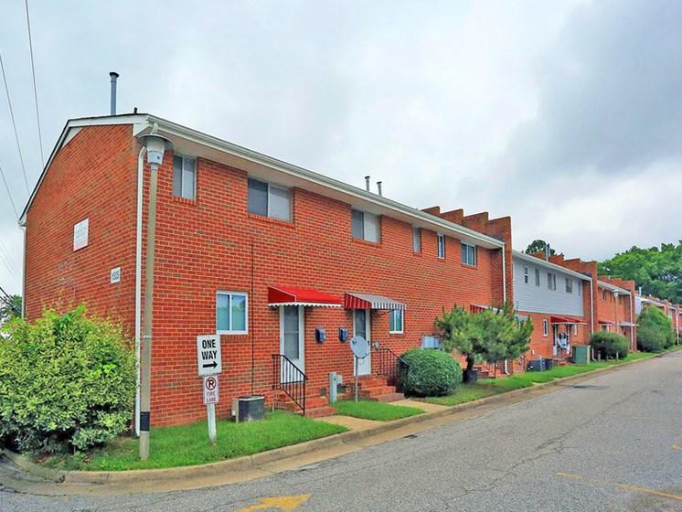 Beautiful Brick Construction at Pembroke Pines Apartments, Hampton, 23669