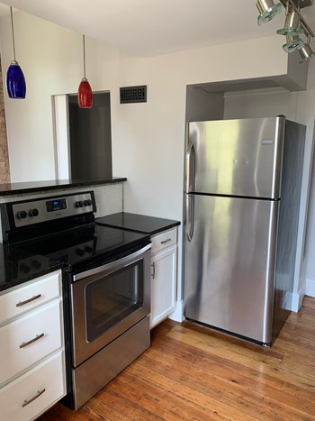 3153 Bishop Street 1-2 Beds Apartment for Rent Photo Gallery 1