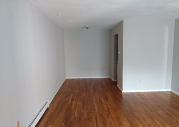 3239 Bishop Street Studio-1 Bed Apartment for Rent Photo Gallery 1
