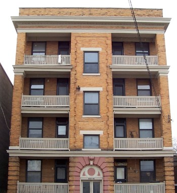 3241 Jefferson Avenue 2 Beds Apartment for Rent Photo Gallery 1