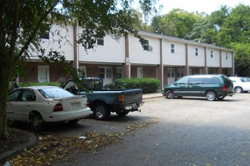713 NORTH STREET 2 Beds Apartment for Rent Photo Gallery 1