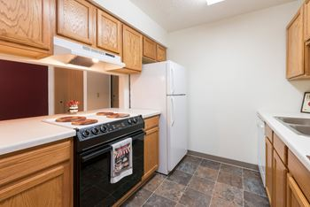 1121 W Capitol Ave 1-3 Beds Apartment for Rent Photo Gallery 1