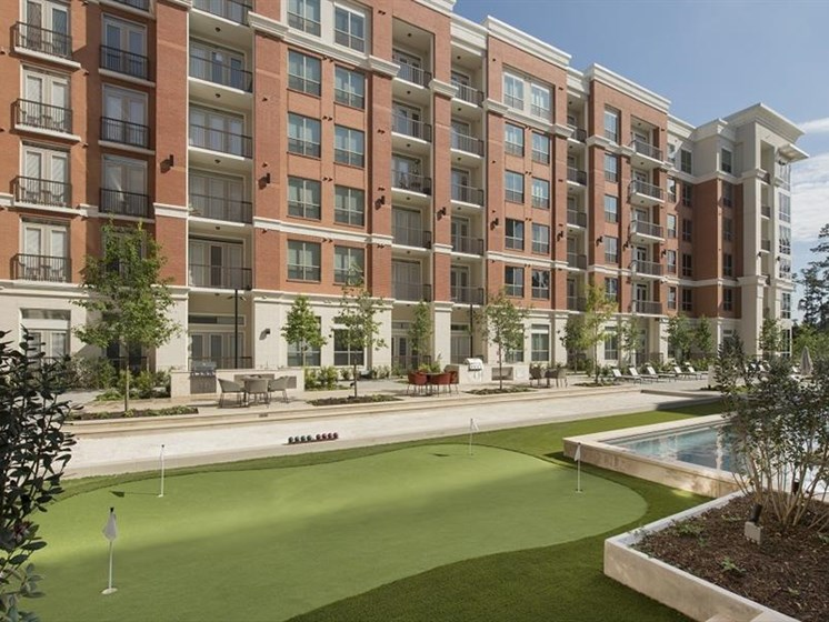 Luxury amenities at The Mark apartments