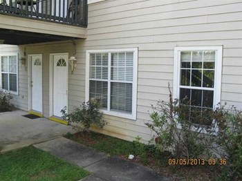 1100 Greentree Court 2 Beds Apartment for Rent Photo Gallery 1