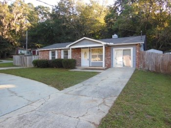 4055 Sonnet Drive 3 Beds House for Rent Photo Gallery 1