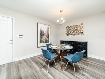 100 Patriot's Pointe Drive 1 Bed Apartment for Rent Photo Gallery 1