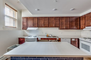 66 South 12th Street Studio Apartment for Rent Photo Gallery 1
