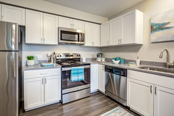 901 E Golf Rd Apt 1 1-2 Beds Apartment for Rent Photo Gallery 1