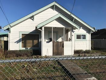 1538 McCullen Ave 2 Beds Apartment for Rent Photo Gallery 1