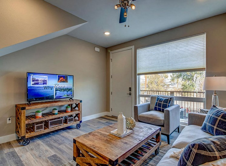 Apartments For Rent in Reno-Riverside Park Apartments Living Room