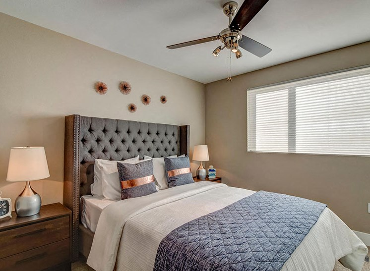 Riverside Park Apartments | Bedroom