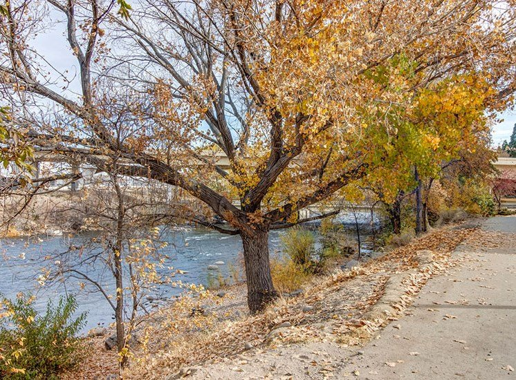 Reno NV Apartments for Rent-Riverside Park Apartments River
