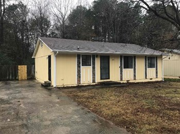 2211 Cherokee Valley Circle 4 Beds House for Rent Photo Gallery 1