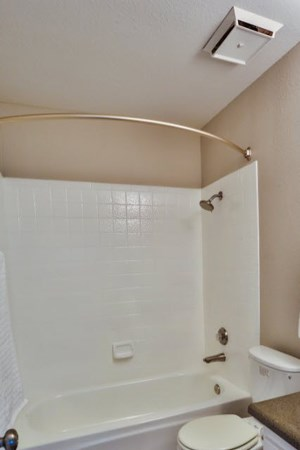 Altura on Duneville Las Vegas Bathroom