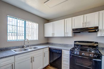 1330 East Reno Ave 1-2 Beds Apartment for Rent Photo Gallery 1