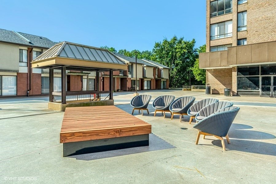 Outside Lounge Area at Trillium Apartments in Fairfax, VA