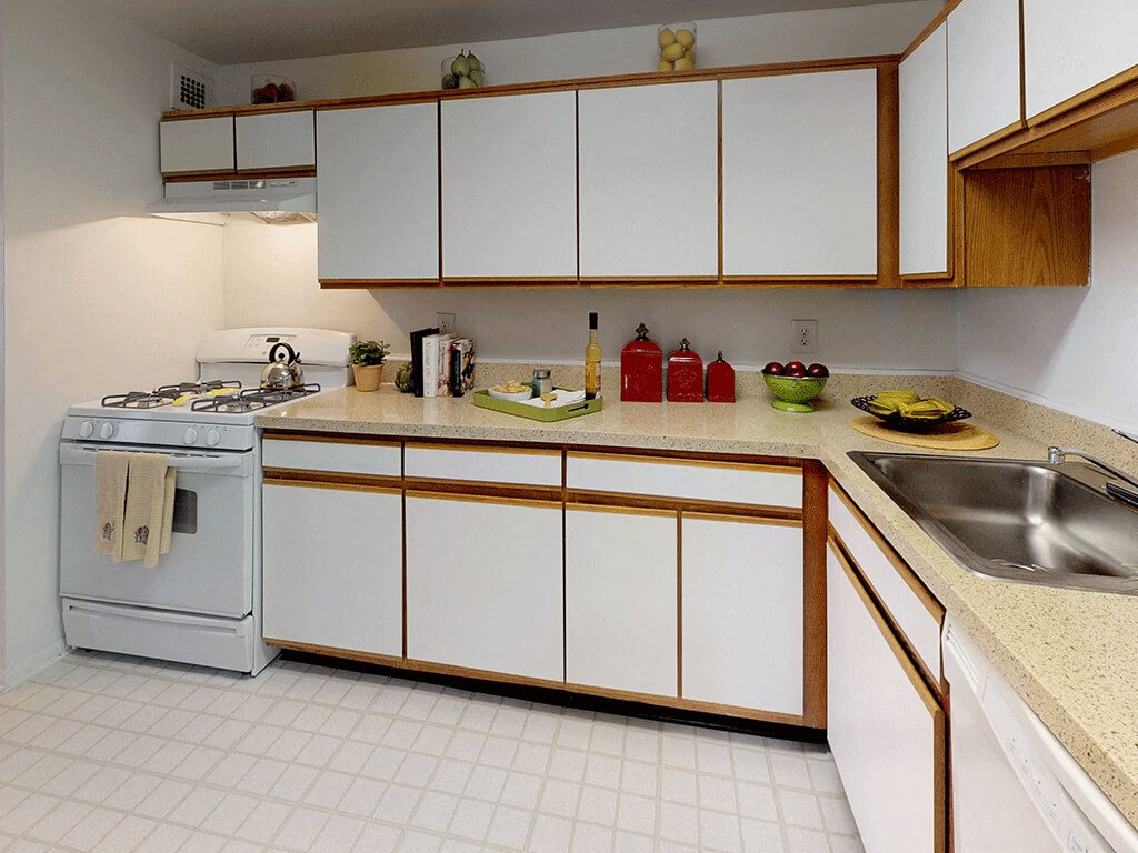 CLASSIC Kitchen with Chic All White Appliances at Trillium Apartments in Fairfax, VA