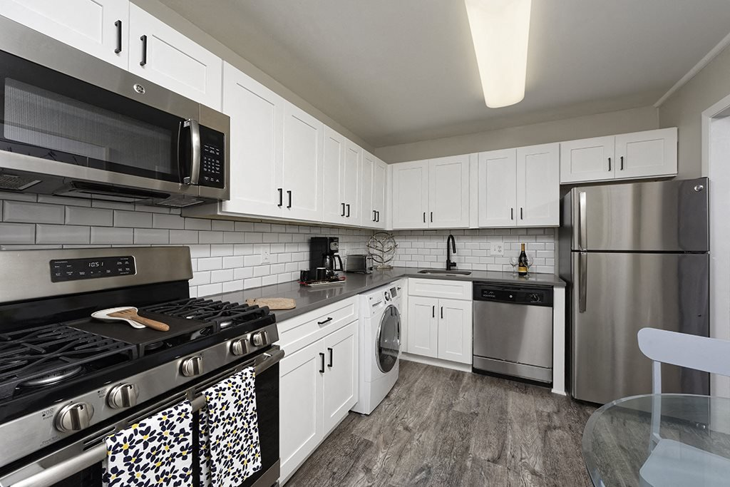 PLATINUM Kitchen with stainless steel appliances at Trillium Apartments in Fairfax, VA