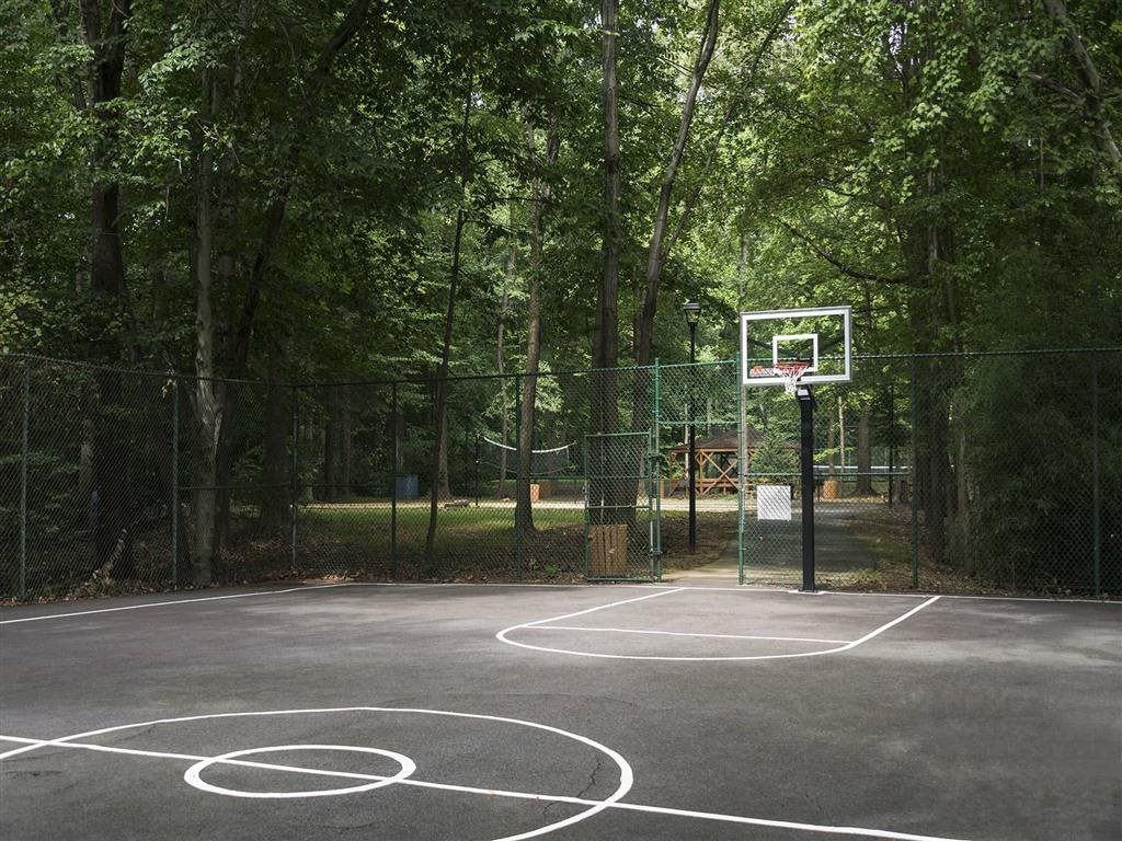 Fenced basketball court at Circle Towers in Fairfax, VA