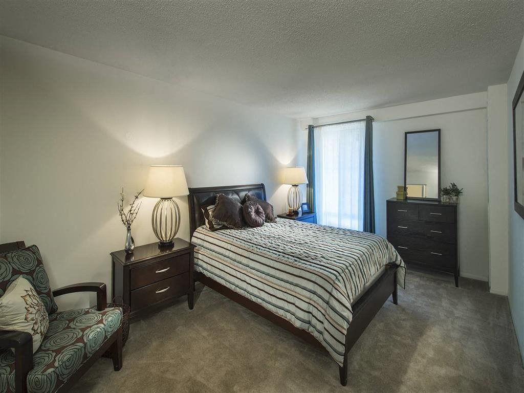 GOLD Large Bedroom with Classic Furniture at Trillium Apartments in Fairfax, VA