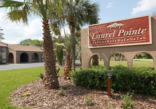 Laurel Pointe Community Thumbnail 1