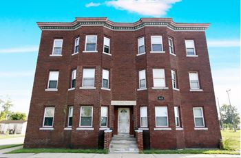 2638 Rosa Parks Blvd Studio Apartment for Rent Photo Gallery 1