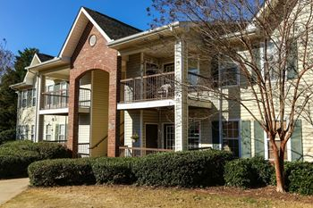 2351 Spring Haven Drive SW 2-4 Beds Apartment for Rent Photo Gallery 1