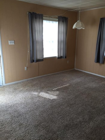 830 West 16th. 2 Beds Apartment for Rent Photo Gallery 1