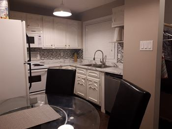 1120 Markham Road 3 Beds House for Rent Photo Gallery 1