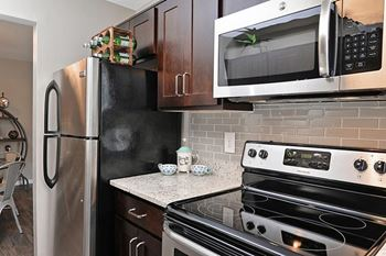8501 Walther Blvd 1-2 Beds Apartment for Rent Photo Gallery 1
