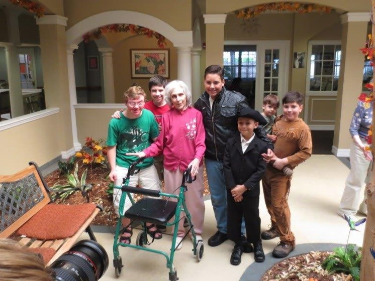 Seniors With Young Generation at Savannah Court & Cottage of Oviedo, Oviedo