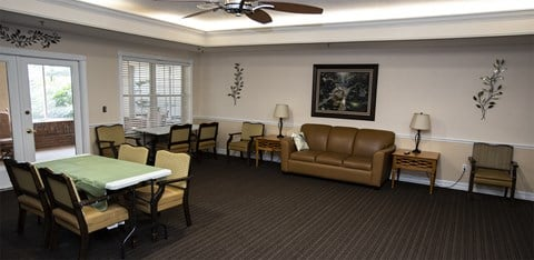Social Lounge at Savannah Court & Cottage of Oviedo, Florida